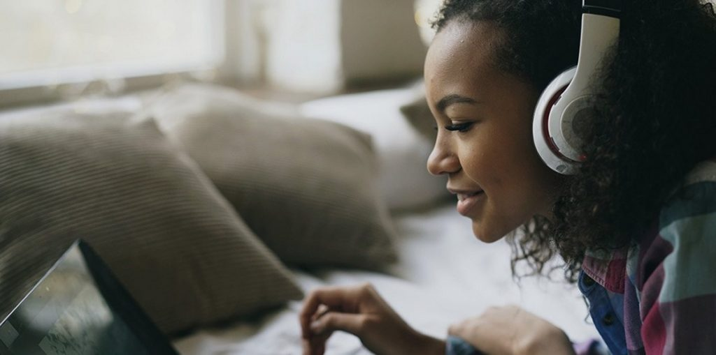 4-Career-Boosting-Podcasts-You-Should-Subscribe-To